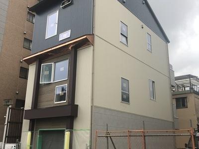 木造3階建 店舗併用住宅